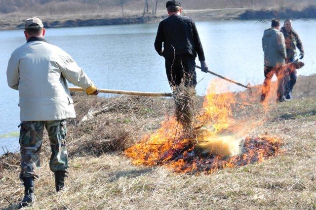 spaljivanje biljnog otpada, paljenje korova